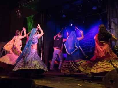 Lavapiés Diverso 2015 | Concierto Plaza de Agustín Lara | 14/11/2015 | Compañía de Danza Salaam | 5 | Foto Paula Díaz/PqHdM