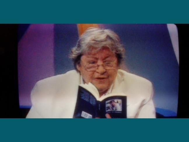 Centenario Gloria Fuertes | 1917-1998 | #gloriafuertes100 | El balcón de Gloria Fuertes | 03/05/2017 | 'Bombero de guardia'
