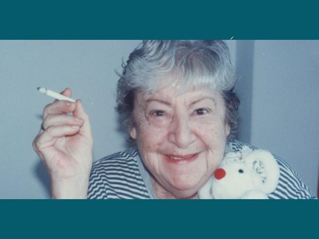 Centenario Gloria Fuertes | 1917-1998 | #gloriafuertes100 | El balcón de Gloria Fuertes | 09/06/2017 | Gracias, amor