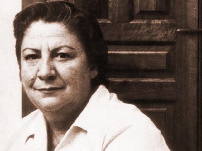 Centenario Gloria Fuertes | 1917-1998 | #gloriafuertes100 | El balcón de Gloria Fuertes | 23/08/2017 | Todo es mentira