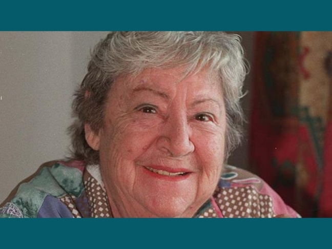 Centenario Gloria Fuertes | 1917-1998 | #gloriafuertes100 | El balcón de Gloria Fuertes | 25/08/2017 | Bomba